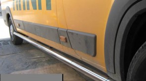 ducato_boxer_2006_side_step_tubular.JPG