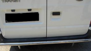 ford_transit_2006_rear_guard_straight.JPG
