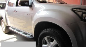 isuzu_d_max_2012_side_step_craft.jpg