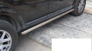 land_rover_discovery_3_side_step_tubular.JPG