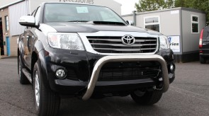 Hilux_STX_LOW_A_Bar_3_.jpg