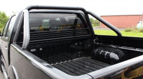 Toyota_Hilux_STX_BLACK_Roll_Bar_7_.JPG