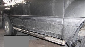 toyota_land_cruiser_100_side_step_tubular.JPG