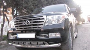toyota_land_cruiser_200_city_guard_with_grill.JPG
